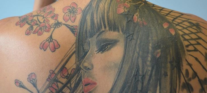 Salon vert, jaune ou rouge pour les tatoueurs
